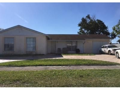 4 Bed 2 Bath Foreclosure Property in Homestead, FL 33032 - SW 257th Ter