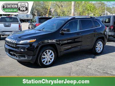 2017 Jeep Cherokee Limited (Diamond Black Crystal Pearlcoat)