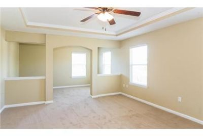 Fall in love with this move-in ready rental home in Park, FL. 2 Car Garage!