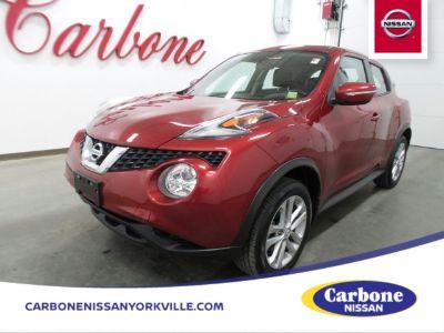 2017 Nissan JUKE S (Cayenne Red)
