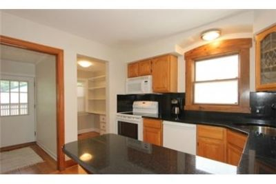 Charming and spacious Queen Anne Bungalow in pristine condition. Washer/Dryer Hookups!