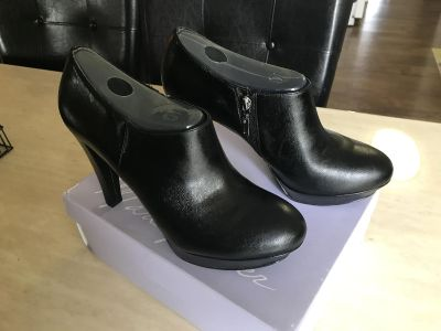 New Marc Fisher High Heel Shoes (Never Worn)