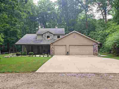 75 Lane 152 Crooked Lake Angola Three BR, As you pull into the