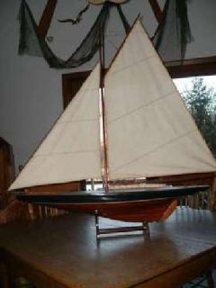 1901 - Handcrafted America's Cup Yacht Replica