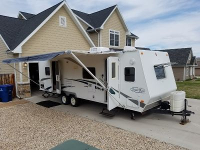 2005 R-Vision TRAIL-BAY 27DS