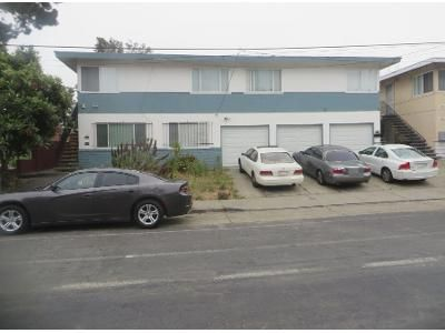 6 Bed 3 Bath Preforeclosure Property in Oakland, CA 94603 - - 9828 Bancroft Avenue