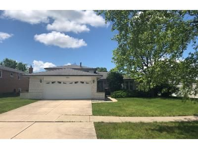 2 Bath Preforeclosure Property in Tinley Park, IL 60487 - Cherry Hill Ave