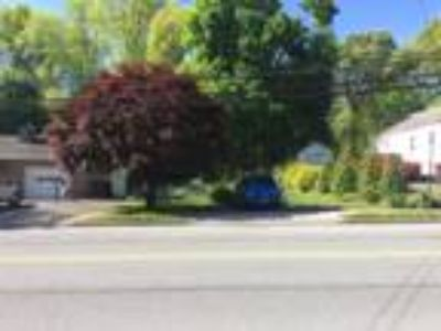City lot for sale - great family location