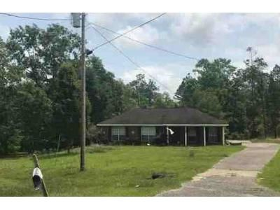 3 Bed 2 Bath Preforeclosure Property in Axis, AL 36505 - Fontaine Woods Ct