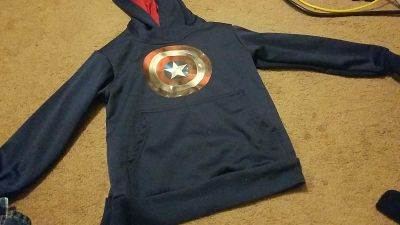 Avengers Captain America hoodie size 4 5