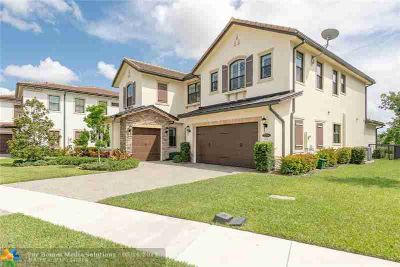 11540 Watercrest Cir PARKLAND Five BR, Stunning, 2-story