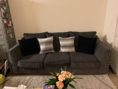 Modern 3-seat blue-gray couch + 4 pillows