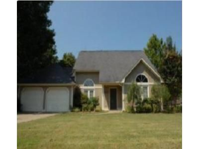3 Bed 2 Bath Foreclosure Property in Tupelo, MS 38801 - Ashley Ln