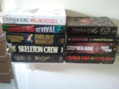 Stephen king bundle nothing sold seperate