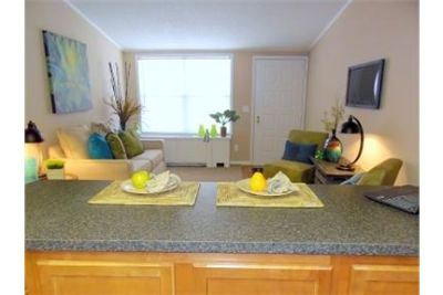 1 bedroom Apartment - Slate Run offers updated. Pet OK!
