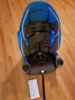 Evenflo Maestro Car Seat/ Booster Seat