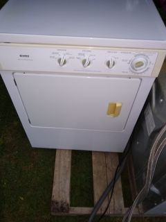 KENMORE HE STACKABLE WASHER AND DRYER SET
