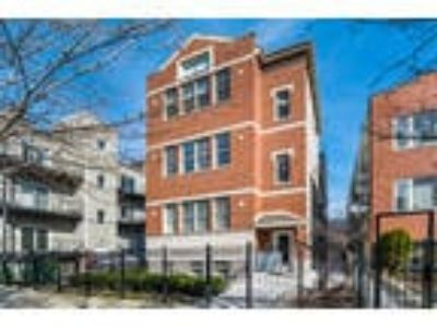 Chicago Two BR One BA, 2446 West Homer Street 1