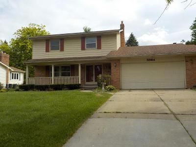 4 Bed 2 Bath Foreclosure Property in Grand Blanc, MI 48439 - Old Franklin Rd