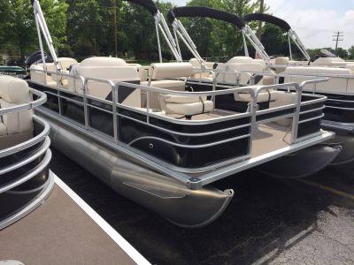 2017 SunChaser Oasis Fish 818 Pontoons Boats Kaukauna, WI