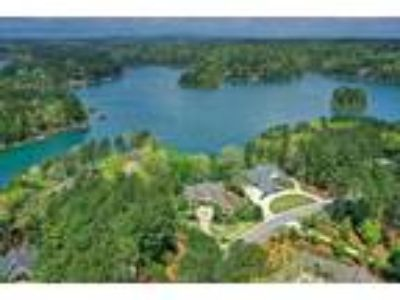 A magnificent Lake Keowee home merging casual...