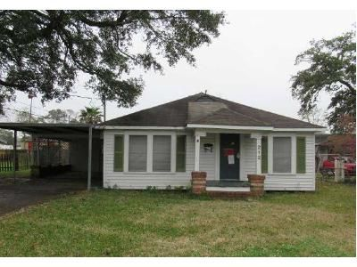 3 Bed 2 Bath Foreclosure Property in Lake Charles, LA 70601 - Eddy St