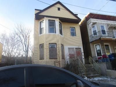 3 Bed 3 Bath Preforeclosure Property in Jersey City, NJ 07305 - Wilkinson Ave