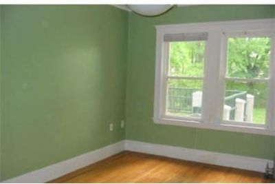 Bright Chestnut Hill, 5 bedroom, 2 bath for rent