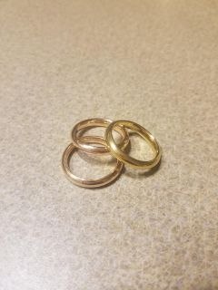 *SIZE 9* SET OF 3 STAINLESS STEEL RINGS FROM QVC