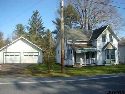 2 Bed 1.5 Bath Foreclosure Property in Buskirk, NY 12028 - Rt 67