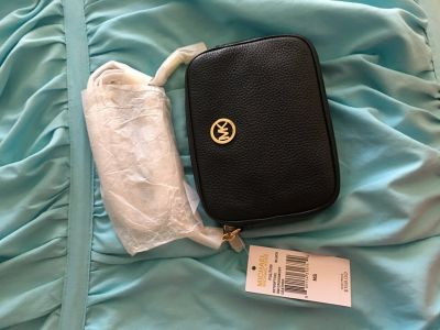 Michael Kors Authentic Over the Shoulder