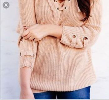 NWT Miracle tie neck sweater
