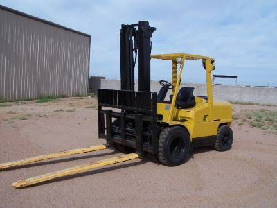 Hyster 10,000 Lb Fork Lift