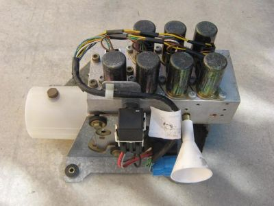 Find 1999-02 Mercedes CLK320 W208 Convertible Top Hydraulic Pump Motor motorcycle in Norco, California, US, for US $750.00