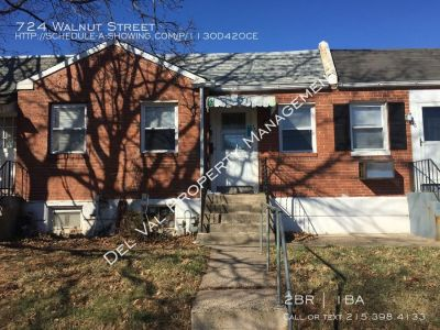 Well-Maintained 2-Bedroom Single Story Row Home For Rent - 724 Walnut Street