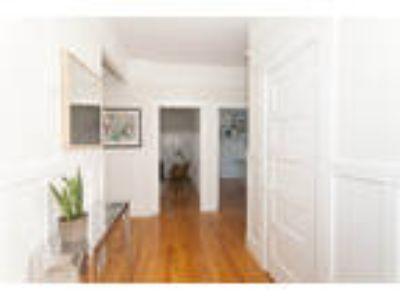 609 ASHBURY Apartments - 1 Studio One BA Apartment