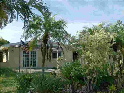 4088 SE Barcelona Street STUART Three BR, Imagine living in a