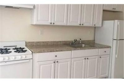 1 bedroom Apartment - Positioned In The Heart Of Oyster Bay Near The Lirr.