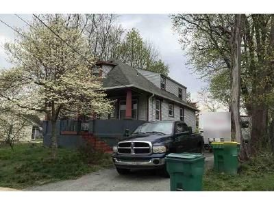 4 Bed 1.5 Bath Foreclosure Property in Wilmington, DE 19804 - Newport St