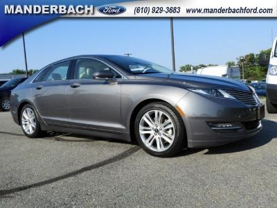 2014 Lincoln MKZ Base (Sterling Gray Metallic)