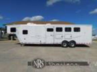 4 Horse 10 Living Quarters TrailerMerhow