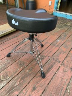 DW tractor seat drum throne