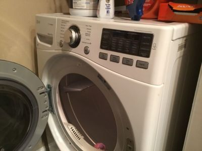 Lg washer and dryer WM3570HWA / DLEX3570W