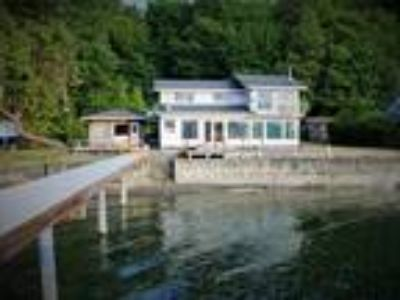 South Shore Hood Canal Waterfront home