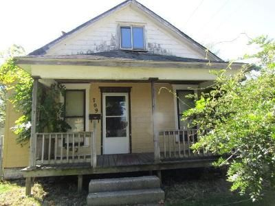3 Bed 1 Bath Preforeclosure Property in Bellefontaine, OH 43311 - W Chillicothe Ave
