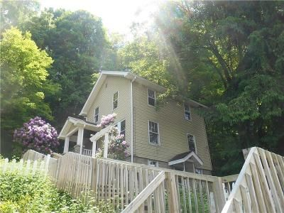 2 Bed 1 Bath Foreclosure Property in Murrysville, PA 15668 - Meadowbrook Rd