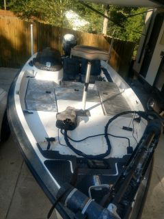 "Stratos 295 Pro Elite 19'6"" Bass Boat"