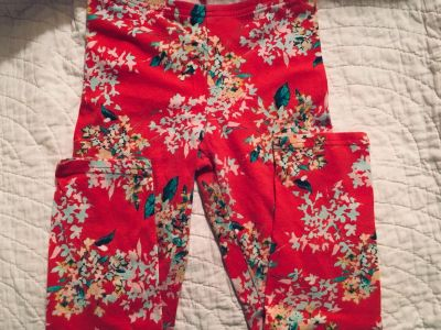 Old Navy floral leggings- size 8 (runs small)