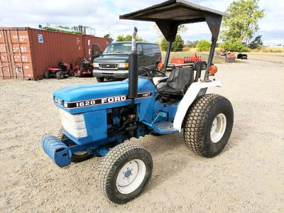 FORD 1620 TRACTOR, 27HP DIESEL ENGINE, 4WD, ...