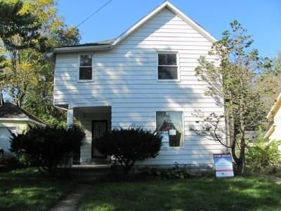 4 Bed 2 Bath Foreclosure Property in Kalamazoo, MI 49001 - Cameron St